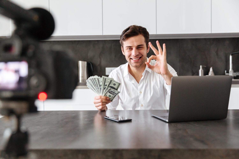 Hoe kun je geld verdienen met Youtube